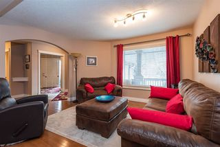 Photo 3: 3040 MACNEIL Way in Edmonton: Zone 14 House for sale : MLS®# E4221620