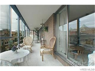Photo 3: 401 525 Broughton Street in VICTORIA: Vi Downtown Condo Apartment for sale (Victoria)  : MLS®# 318697