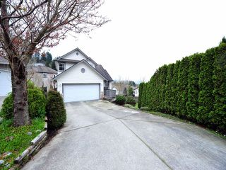 Photo 1: 8358 CLERIHUE Court in Mission: Mission BC House for sale : MLS®# F1308201