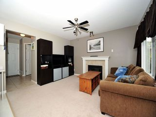 Photo 5: 8358 CLERIHUE Court in Mission: Mission BC House for sale : MLS®# F1308201