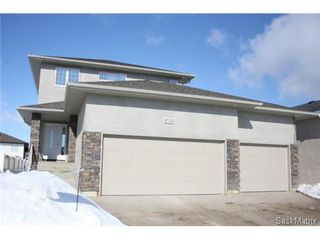 Photo 2: 4130 GOLDFINCH Way in Regina: The Creeks Single Family Dwelling for sale (Regina Area 04)  : MLS®# 460104