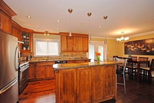 Photo 5: 636 Shaw Avenue in Coquitlam: Coquitlam West Home for sale ()