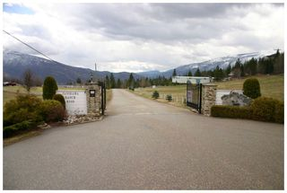 Photo 3: 7 6500 Southwest 15 Avenue in Salmon Arm: Gleneden House for sale : MLS®# 10079965