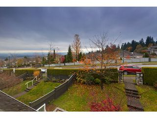 Photo 2: # 103 1685 PINETREE WY in Coquitlam: Westwood Plateau Townhouse for sale : MLS®# V1036037