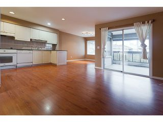 Photo 5: # 103 1685 PINETREE WY in Coquitlam: Westwood Plateau Townhouse for sale : MLS®# V1036037