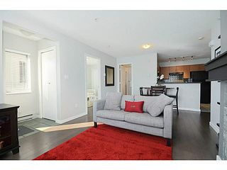 "Photo 4: 3171 W 4TH Avenue in Vancouver: Kitsilano Townhouse for sale in ""Bridgewater"" (Vancouver West)  : MLS®# V1076310"
