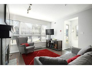 "Photo 2: 3171 W 4TH Avenue in Vancouver: Kitsilano Townhouse for sale in ""Bridgewater"" (Vancouver West)  : MLS®# V1076310"