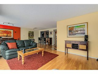 Photo 3: # 1203 238 ALVIN NAROD ME in Vancouver: Yaletown Condo for sale (Vancouver West)  : MLS®# V1122402