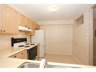 Photo 11: # 117 10038 150TH ST in Surrey: Guildford Condo for sale (North Surrey)  : MLS®# F1429798