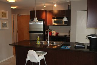 Photo 5:  in Vancouver: Condo for rent : MLS®# AR025A