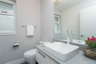Photo 8: 4 2358 WESTERN AVENUE in North Vancouver: Central Lonsdale Townhouse for sale