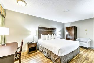 Photo 15: Exclusive Hotel/Motel with property: Business with Property for sale