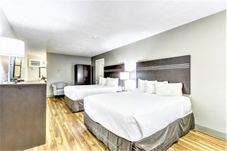 Photo 10: Exclusive Hotel/Motel with property: Business with Property for sale