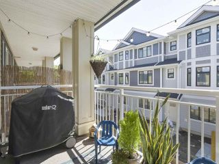 Photo 6: 6 160 PEMBINA STREET in New Westminster: Queensborough Townhouse for sale : MLS®# R2369111