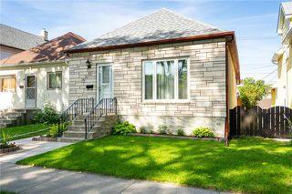 Photo 3: 860 Ingersoll Street in Winnipeg: Sargent Park Residential for sale (5C)  : MLS®# 1920013