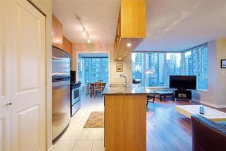 """Photo 8: 1008 1001 RICHARDS Street in Vancouver: Downtown VW Condo for sale in """"THE MIRO"""" (Vancouver West)  : MLS®# R2394358"""