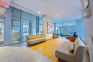 """Photo 18: 1008 1001 RICHARDS Street in Vancouver: Downtown VW Condo for sale in """"THE MIRO"""" (Vancouver West)  : MLS®# R2394358"""