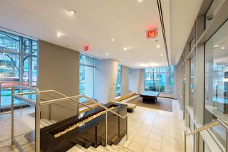 """Photo 17: 1008 1001 RICHARDS Street in Vancouver: Downtown VW Condo for sale in """"THE MIRO"""" (Vancouver West)  : MLS®# R2394358"""