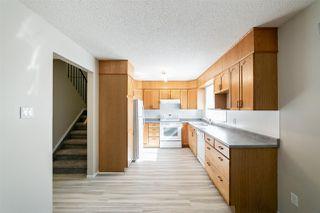 Photo 9: 11425 165 Avenue in Edmonton: Zone 27 House Half Duplex for sale : MLS®# E4172266