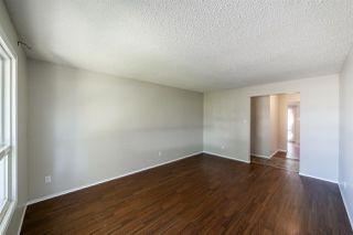 Photo 4: 11425 165 Avenue in Edmonton: Zone 27 House Half Duplex for sale : MLS®# E4172266