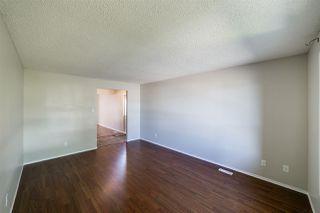Photo 5: 11425 165 Avenue in Edmonton: Zone 27 House Half Duplex for sale : MLS®# E4172266