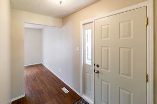 Photo 6: 11425 165 Avenue in Edmonton: Zone 27 House Half Duplex for sale : MLS®# E4172266