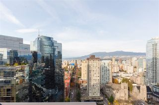 "Photo 15: 3205 1068 HORNBY Street in Vancouver: Downtown VW Condo for sale in ""THE CANADIAN"" (Vancouver West)  : MLS®# R2406895"