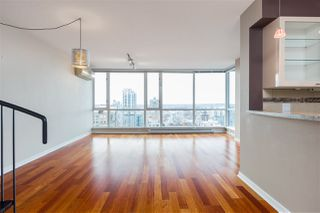 "Photo 3: 3205 1068 HORNBY Street in Vancouver: Downtown VW Condo for sale in ""THE CANADIAN"" (Vancouver West)  : MLS®# R2406895"
