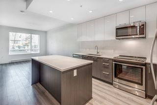 """Photo 5: 111 2382 ATKINS Avenue in Port Coquitlam: Central Pt Coquitlam Condo for sale in """"Parc East"""" : MLS®# R2418214"""