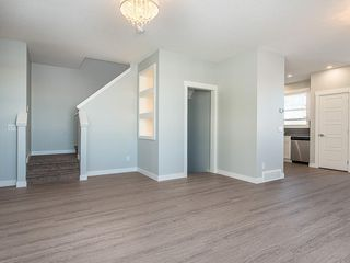 Photo 4: 166 SKYVIEW Circle NE in Calgary: Skyview Ranch Row/Townhouse for sale : MLS®# C4277691