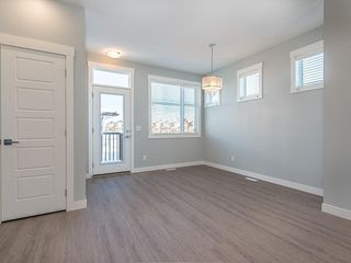Photo 12: 166 SKYVIEW Circle NE in Calgary: Skyview Ranch Row/Townhouse for sale : MLS®# C4277691
