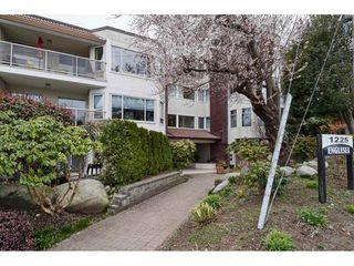"Photo 2: 306 1225 MERKLIN Street: White Rock Condo for sale in ""ENGLESEA MANOR 11"" (South Surrey White Rock)  : MLS®# R2432789"