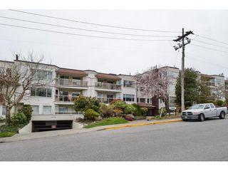 "Photo 1: 306 1225 MERKLIN Street: White Rock Condo for sale in ""ENGLESEA MANOR 11"" (South Surrey White Rock)  : MLS®# R2432789"