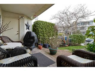 "Photo 17: 306 1225 MERKLIN Street: White Rock Condo for sale in ""ENGLESEA MANOR 11"" (South Surrey White Rock)  : MLS®# R2432789"