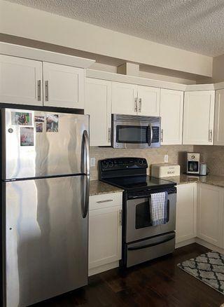 Photo 3: 203 10524 77 Avenue in Edmonton: Zone 15 Condo for sale : MLS®# E4194909