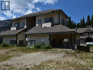Main Photo: 101 - 156 CLEARVIEW ROAD in Penticton: Multi-family for sale : MLS®# 167759