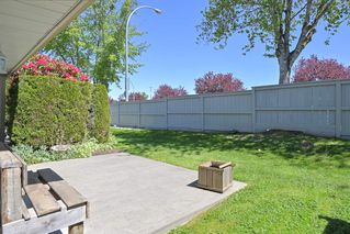 """Photo 8: 19 9045 WALNUT GROVE Drive in Langley: Walnut Grove Townhouse for sale in """"Bridlewoods"""" : MLS®# R2476247"""