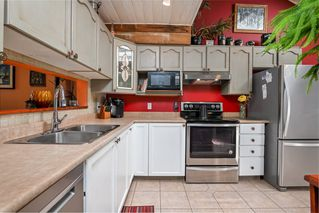 """Photo 10: 19 9045 WALNUT GROVE Drive in Langley: Walnut Grove Townhouse for sale in """"Bridlewoods"""" : MLS®# R2476247"""