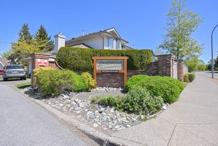 """Photo 4: 19 9045 WALNUT GROVE Drive in Langley: Walnut Grove Townhouse for sale in """"Bridlewoods"""" : MLS®# R2476247"""