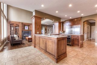 Photo 12: 121 ROCKCLIFF Bay NW in Calgary: Rocky Ridge Detached for sale : MLS®# A1015213