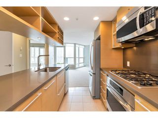 "Photo 10: 1304 833 SEYMOUR Street in Vancouver: Downtown VW Condo for sale in ""Capitol Residences"" (Vancouver West)  : MLS®# R2504631"