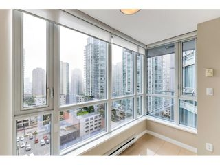 "Photo 4: 1304 833 SEYMOUR Street in Vancouver: Downtown VW Condo for sale in ""Capitol Residences"" (Vancouver West)  : MLS®# R2504631"