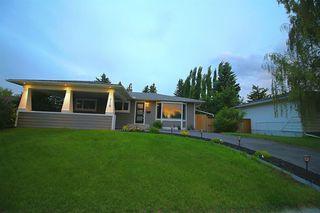 Photo 2: 719 75 Avenue SW in Calgary: Kingsland Detached for sale : MLS®# A1039332