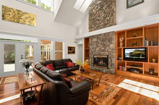 Photo 4: 2196 Nicklaus Dr in : La Bear Mountain House for sale (Langford)  : MLS®# 860573