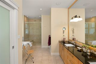 Photo 15: 2196 Nicklaus Dr in : La Bear Mountain House for sale (Langford)  : MLS®# 860573