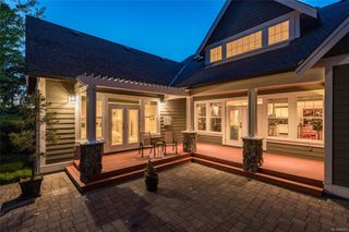 Photo 2: 2196 Nicklaus Dr in : La Bear Mountain House for sale (Langford)  : MLS®# 860573