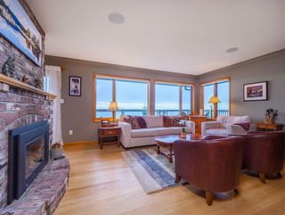 Photo 14: 3427 BEACH Avenue: Roberts Creek House for sale (Sunshine Coast)  : MLS®# R2519025