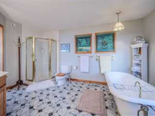 Photo 38: 3427 BEACH Avenue: Roberts Creek House for sale (Sunshine Coast)  : MLS®# R2519025