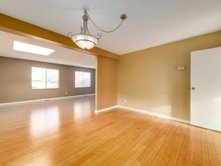 Photo 6: 6560 IMPERIAL Street in Burnaby: Highgate Duplex for sale (Burnaby South)  : MLS®# R2519275
