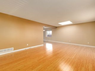 Photo 4: 6560 IMPERIAL Street in Burnaby: Highgate Duplex for sale (Burnaby South)  : MLS®# R2519275